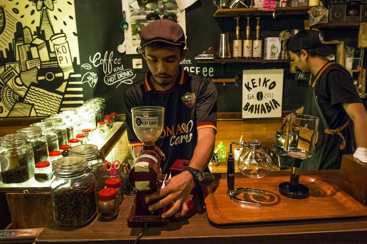bisnis kedai kopi di surabaya
