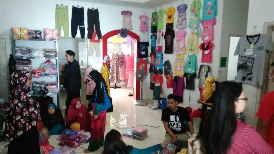 usaha baju muslim dan kerudung surabaya
